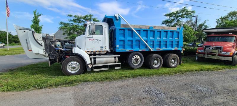 2016 Western Star W4900SB Dump Truck