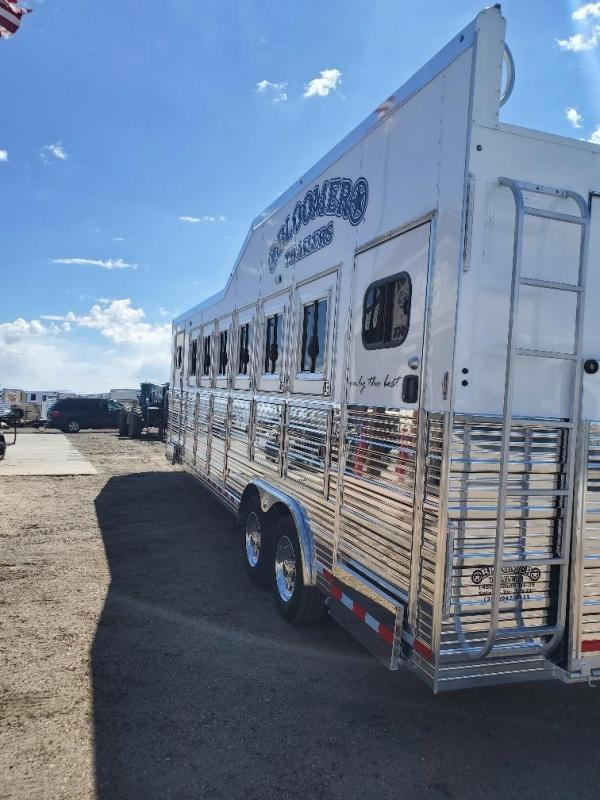 2022 Bloomer Trainers pkg 6 Horse Trailer