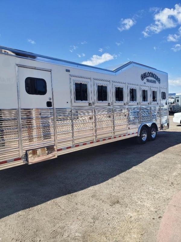 2020 Bloomer Trainers pkg 6 Horse Trailer