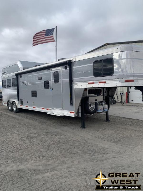 2021 SMC Horse Trailers 13' SW SLIDE OUT 3 Horse Trailer