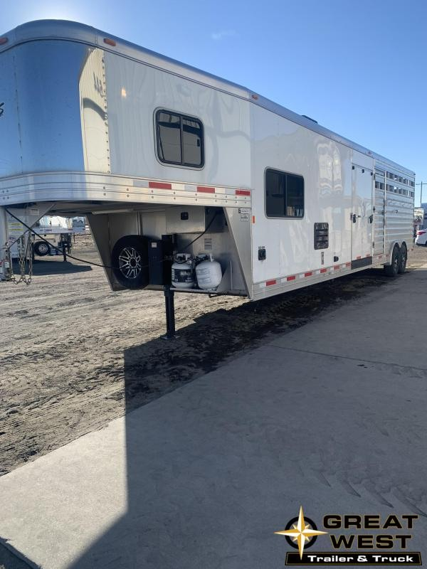 2018 Exiss Trailers STC COMBO Horse Trailer