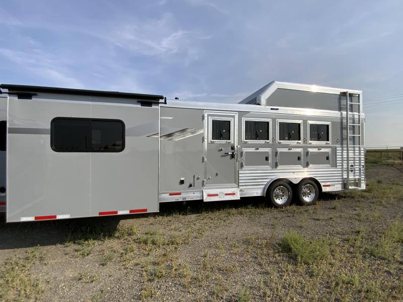 2022 SMC 4HS GN Horse Trailer