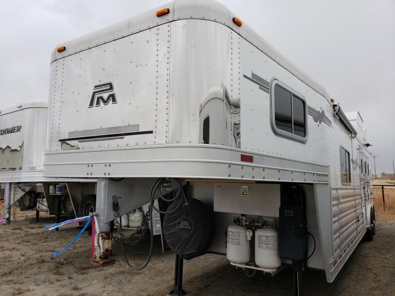 2009 Platinum Coach 14 ft Short Wall 3 Horse Trailer