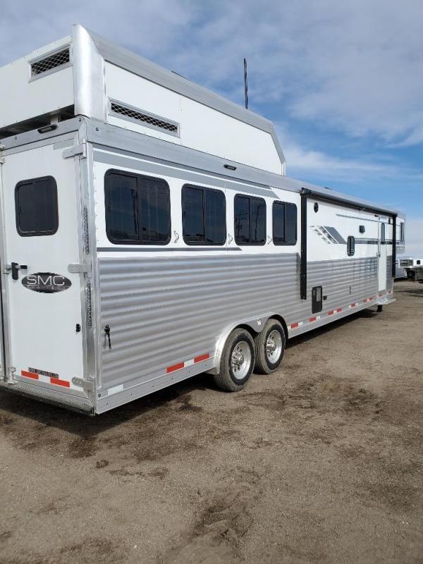 2020 SMC Horse Trailers SL8416SSR Horse Trailer