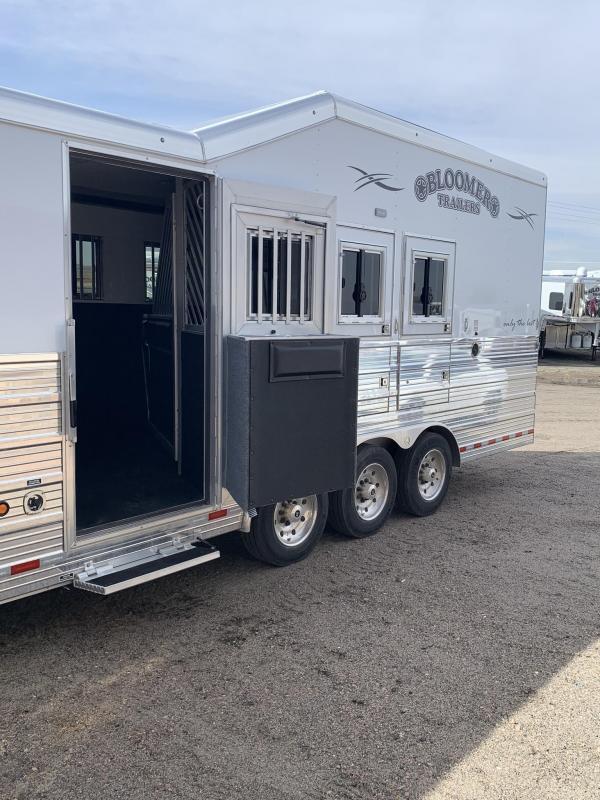 2019 Bloomer 4 Horse 15.9 ft Living Quarters Horse Trailer
