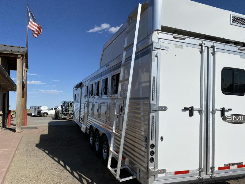2021 SMC Horse Trailers SL8515SSR 5 Horse Trailer