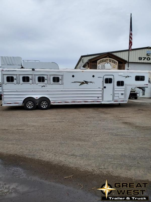 2015 Platinum Coach 12ft Short Wall 4 Horse Trailer