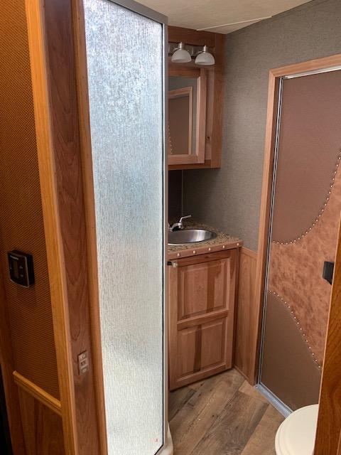 2019 SMC  13.5 Short Wall 4H Living Quarters Horse Trailer