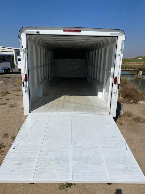 2019 W-W Trailer 24Ft Enclosed Enclosed Cargo Trailer
