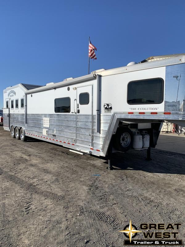 2014 Bloomer 4 Horse PC LAOD Horse Trailer