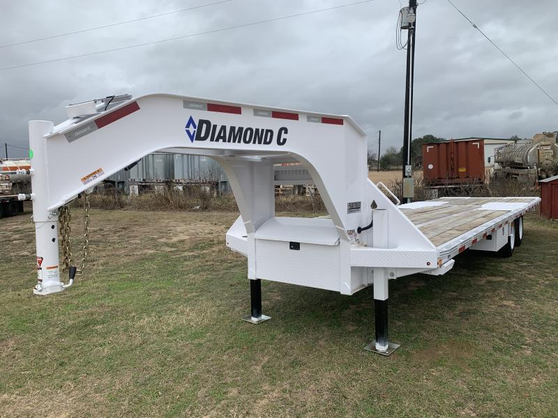 2021 Diamond C Trailers 32' HYDRO TAIL GOOSENECK