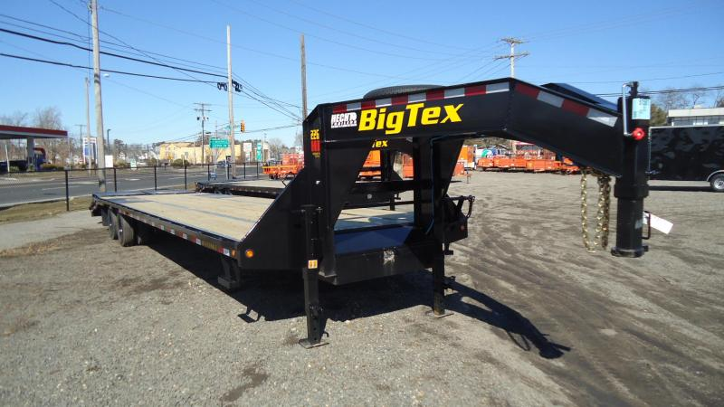 2021 Big Tex Trailers EH 8.5X37 22GN 32BK+5MR BLACK Equipment Trailer