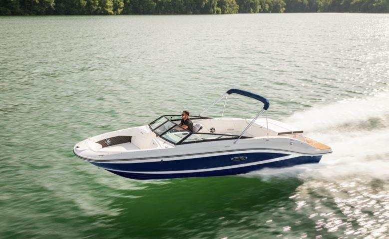 2022 Sea Ray SPX 230 Bowrider