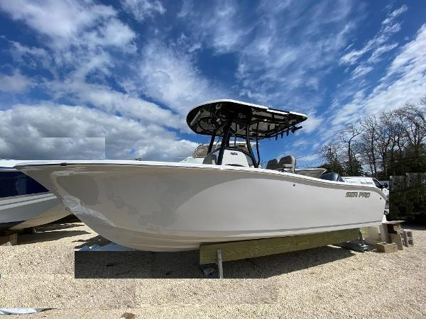 2021 Sea Pro 239 Deep V Center Console
