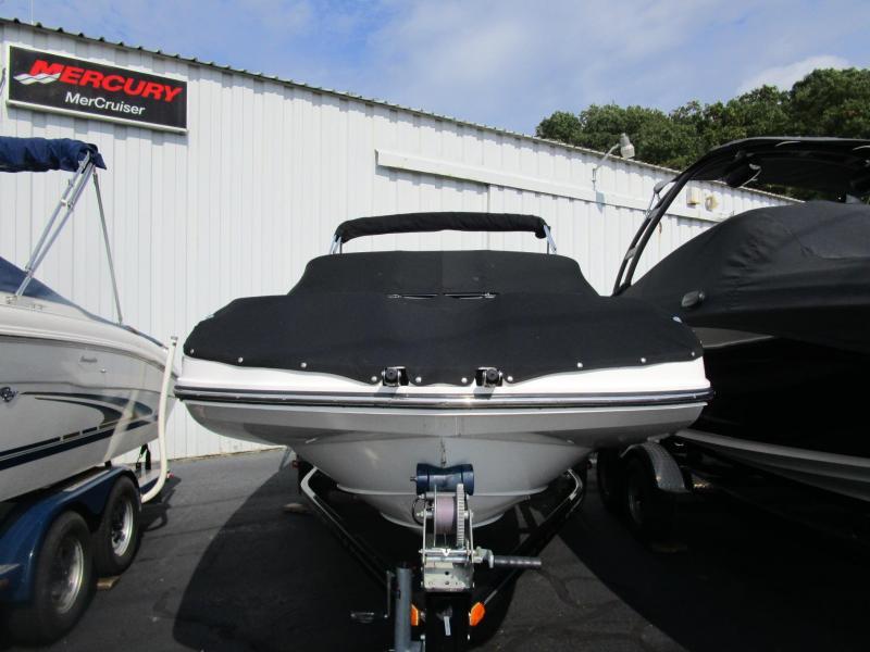 2015 Bayliner Boats 190 Deck Boat Bowrider