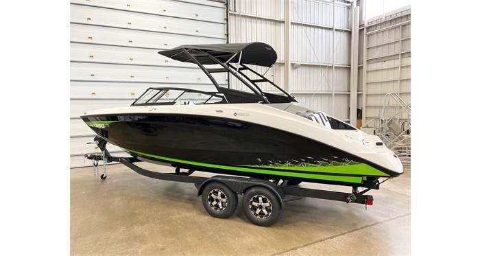 2021 Yamaha Boats AR 250