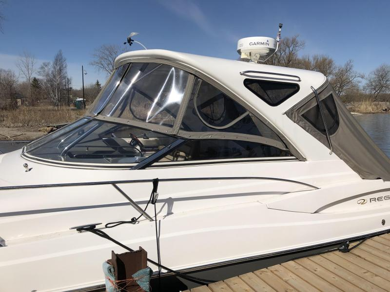 2010 Regal Boats Express 3760 Express Cruiser (Power)