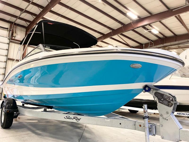 2021 Sea Ray SPX 190 Outboard