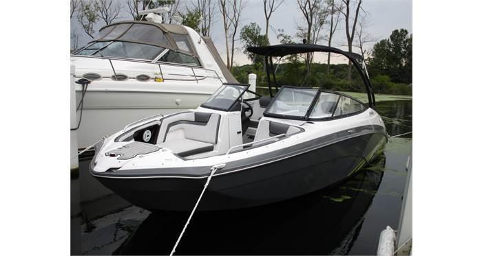 2020 Yamaha Boats AR240