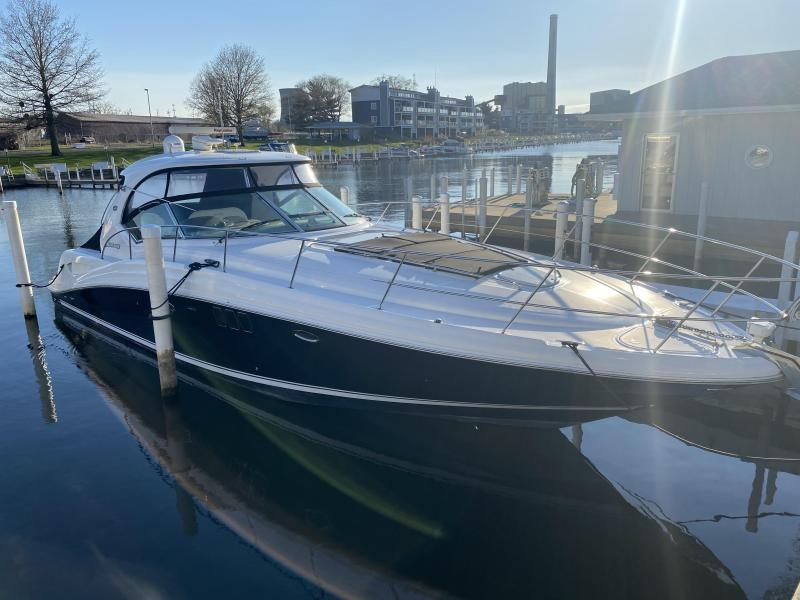 2008 Sea Ray 440 Sundancer