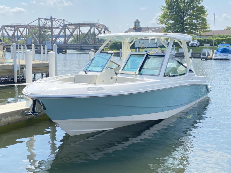 2022 Boston Whaler 280 Vantage Dual Console