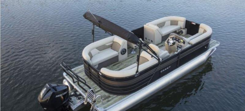 2021 Crest Classic DLX 220 SLC Pontoon Boat