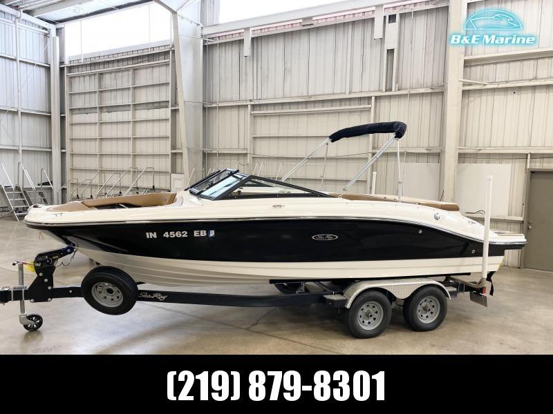 2018 Sea Ray SPX 210 Bowrider