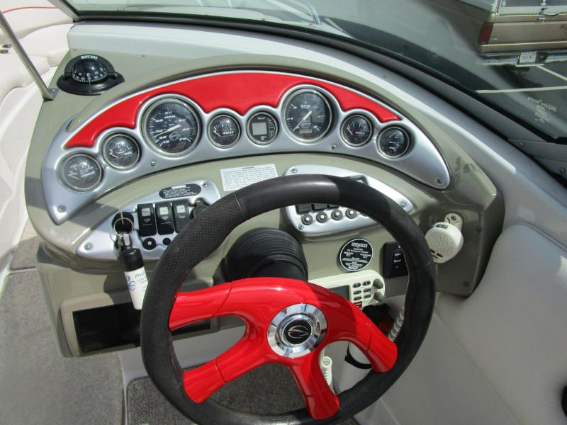 2006 Crownline 260 Bow Rider
