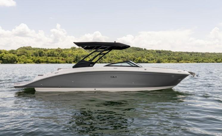 2022 Sea Ray SDX 270
