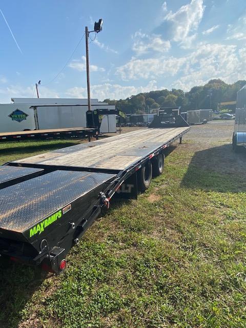 2021 Load Trail 102'' x 36' Tandem Low-Pro Gooseneck Equipment Trailer
