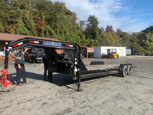 "2020 Load Trail 83"" x 24' Gooseneck Tilt N Go Equipment Trailer"