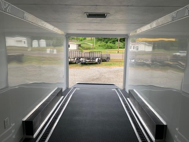 2020 Outlaw Trailers 8.5' x 20' Torsion Spread 10000 GVWR Enclosed Cargo Trailer
