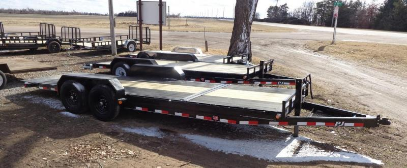 2021 PJ Trailers 22' x 6 in. Channel Equipment Tilt (T6) Equipment Trailer