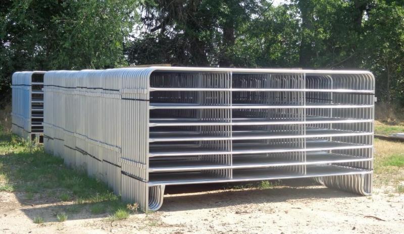 2021 Medium Duty Portable Livestock Panels