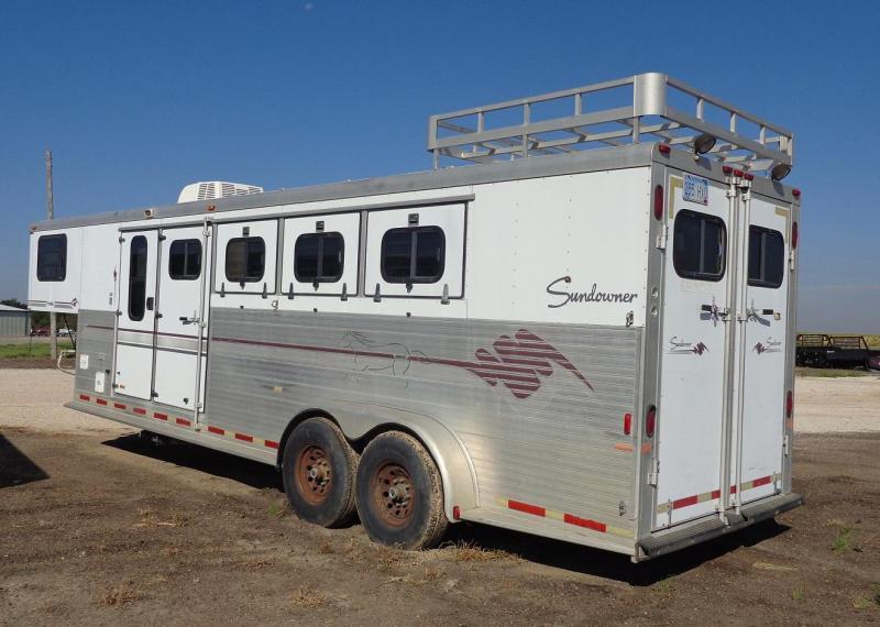 1997 Sundowner Trailers 4 Horse Slant Horse Trailer