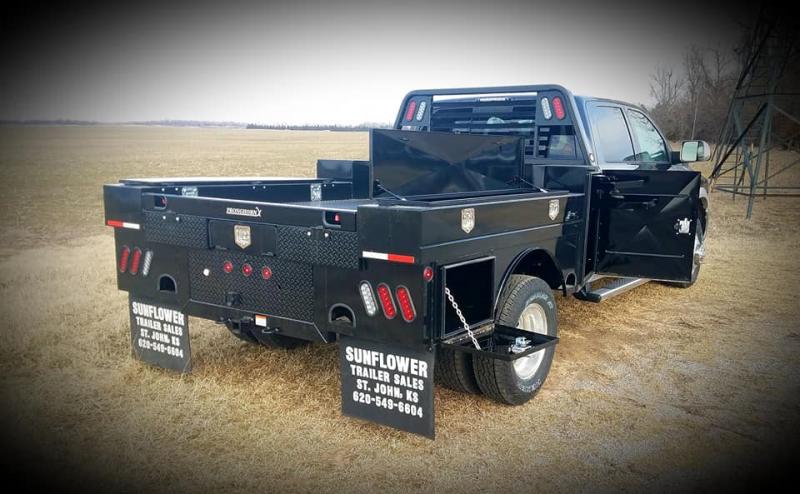2019 Pronghorn 8800 UT Truck Bed