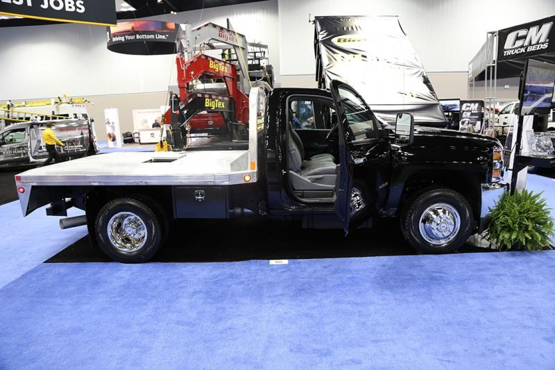 2020 CM ALRD Truck Beds and Equipment