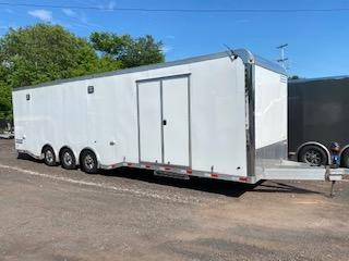 2018 Haulmark 32 ATX Car / Racing Trailer