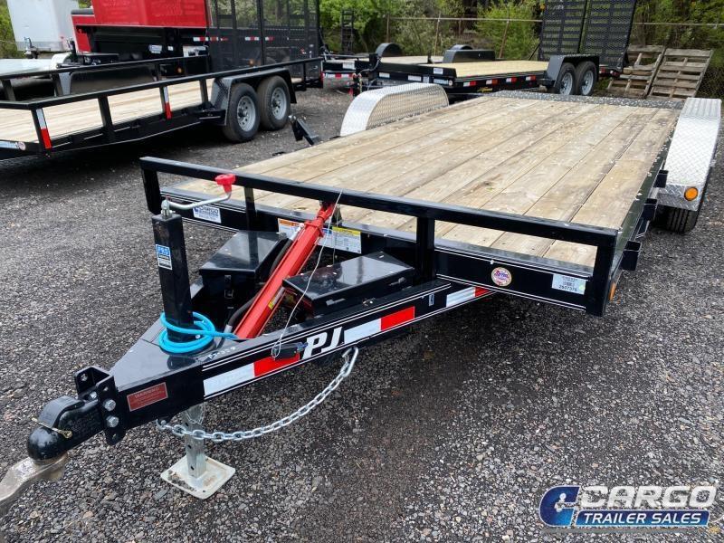 2020 PJ Trailers Hydraulic Quick Tilt 18 Car / Racing Trailer