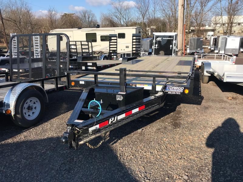 2020 PJ Trailers T8 22 DO Tilt Equipment Trailer