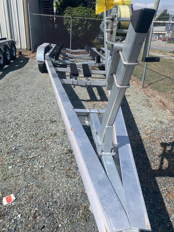 2021 Venture Aluminum Triple Axle VATB-12625 Boat Trailer