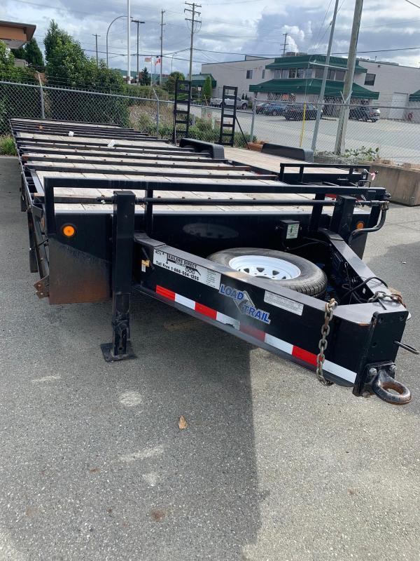 2011 Load Trail Pintle Heavy Duty 102 x 30 Equipment Trailer