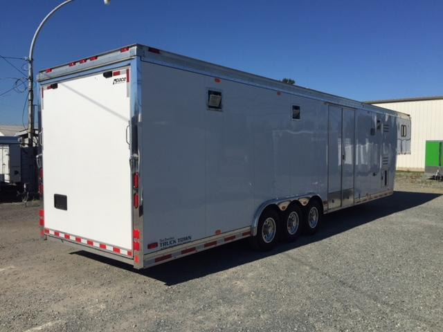 2006 Pace American Bigfoot Car / Racing Trailer