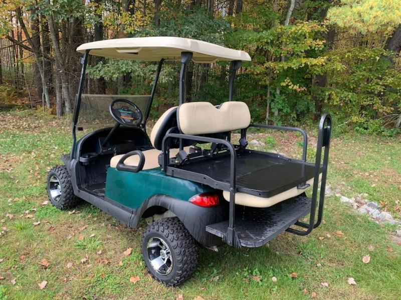 Club Car Precedent 4 Person 48 volt Lifted w/NEW BATTERIES