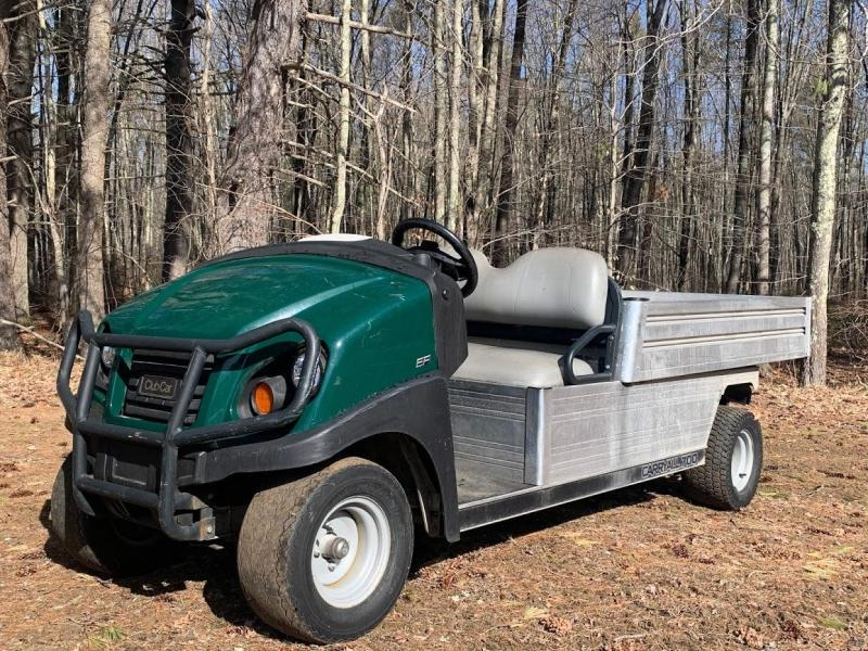 Club Car Carryall 700 Gas Powered Utility Vehicle w/6' Power Dump Bed