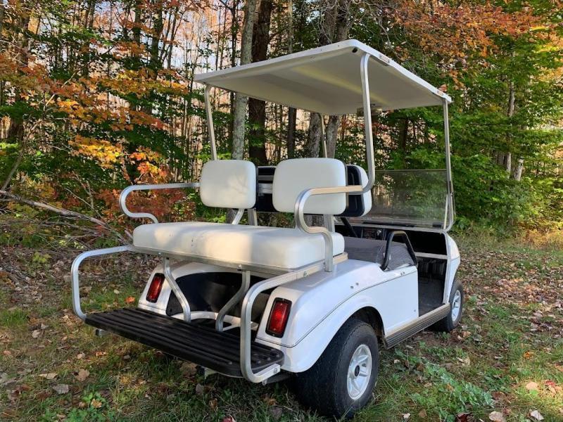 Mint Club Car DS Electric 4 pass golf car w/2021 Battery