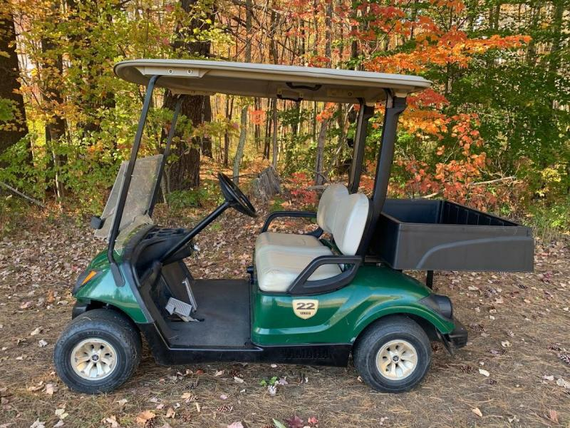 2014 Yamaha DRIVE GAS golf cart w/POLY UTILITY BOX/LIGHTS GREAT CART!!