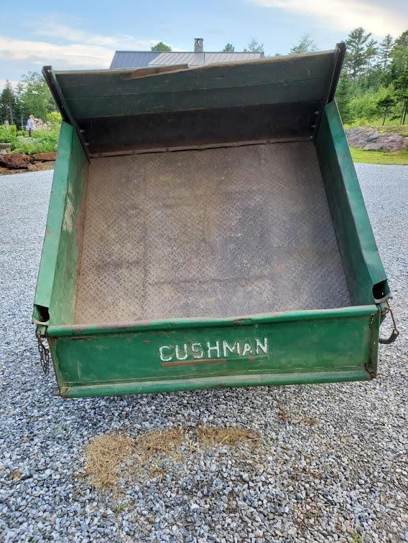 1995 Cushman Truckster 3 wheel utility vehicle