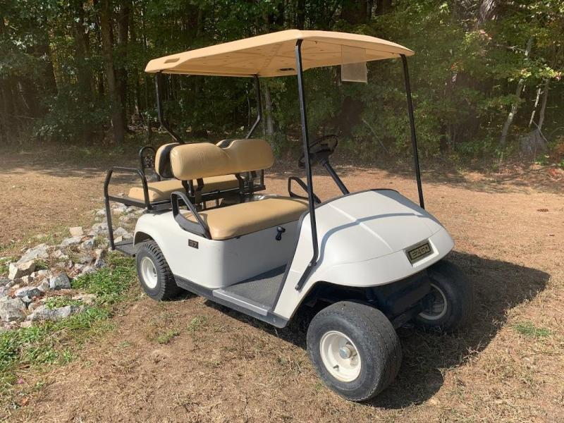 Winter Clearance! 2005 EZGO TXT GAS 4 pass golf cart in excellent condition