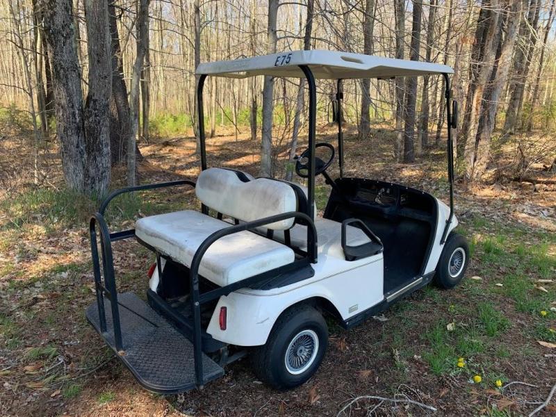 EZGO TXT 36v 4 passenger electric golf cart